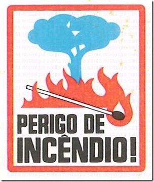 filuminismo perigo incendio santa nostalgia 10