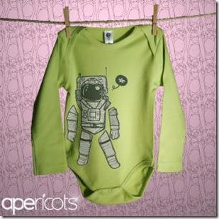 zeespotlongsleeveonesiefront_spaceman_greenapple_1