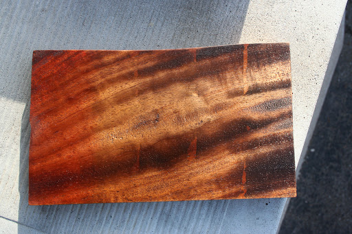Some dye tests, sanded back and oiled. L-R Burnt Sienna, Raw Umber, Burnt Umber, Van Dyke Brown, Black.