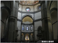 參觀聖母百花大教堂內部