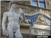 佛羅倫斯市政廳廣場大衛像(仿)