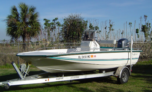 2007 20' Sea Hunt Triton Center Console With 115 h.p. Yamaha 4-stroke and .