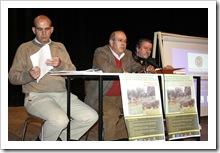 De izquierda a derecha, Claro García-Minguillán, Francisco Chico y Vicente de Gregorio, durante el encuentro.