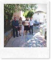 De izquierda a derecha, el alcalde Vicente de Gregorio, la diputada Jacinta Monroy y los concejales Almudena Correal y Paco Bermejo.