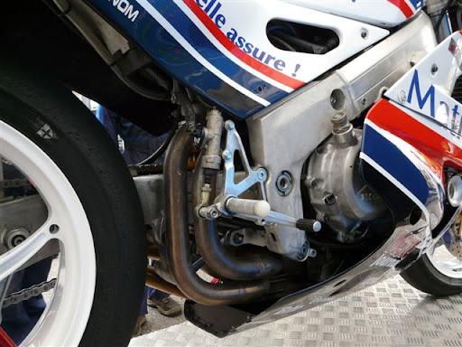 Honda RC 30 P1000811