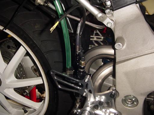 Honda RC 30 Image