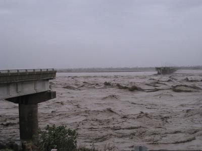 高屏雙園大橋斷500米 將與河道一併整建