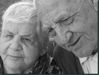 ancianos _esposos