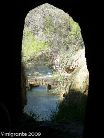 5 a traves de la piedra - Monasterio de Piedra