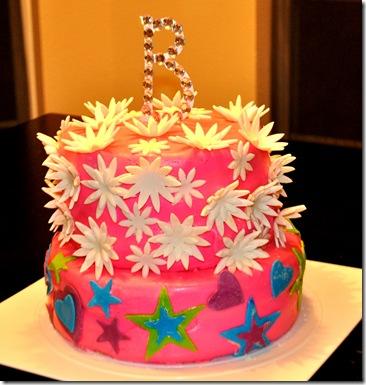 GUM PASTE CAKE