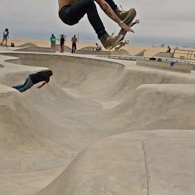 by Javier De La Torre - Sports & Fitness Skateboarding
