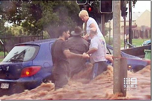 237188-toowoomba-flooding 11