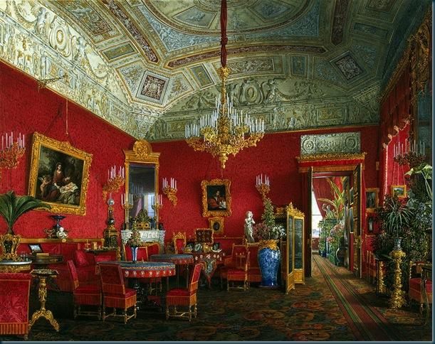 Los interiores del Palacio de Invierno. Amplio salón-comedor de la emperatriz Alexandra Feodorovna