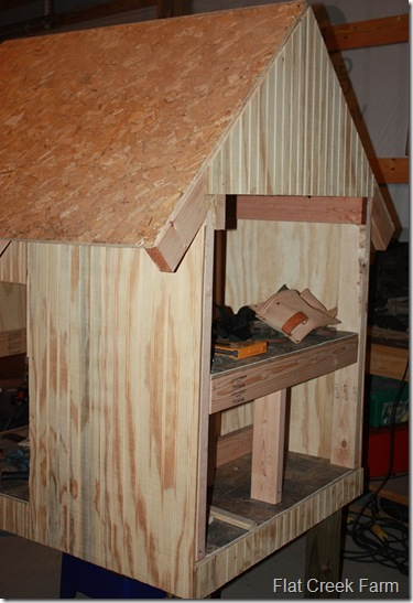 coop_nestbox_roost1