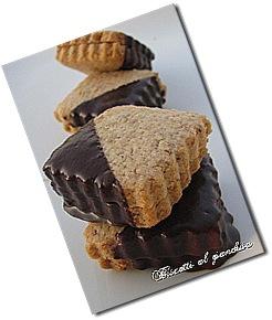 Biscotti alle nocciole treblog