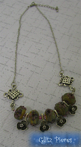 sweet violets necklace