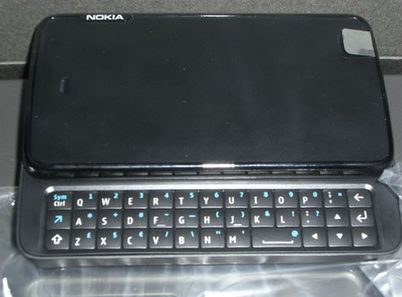 Nokia%20N900%20internet%20tablet First Look Nokia N900 Internet Tablet With Maemo Os