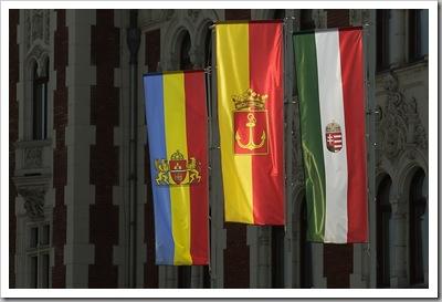 Zászló trió - Újpest, augusztus 27.