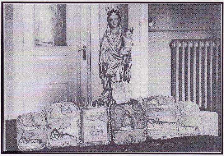Figurka Matki Boskiej Swarzewskiej i niektóre skarby kościoła swarzewskiego w czasie pobytu w Wejherowie