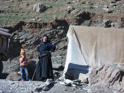 Tent-dwellers displaced by cross-border attacks