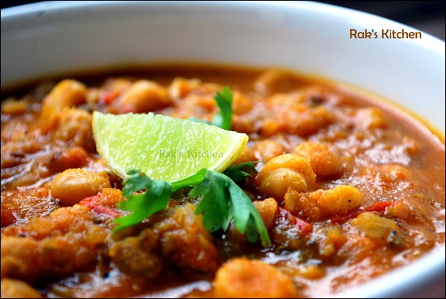 Chana masala with bhatura (Chana bhature recipe) ~ Rak's Kitchen