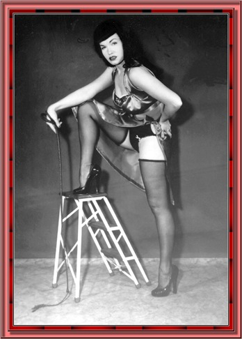 betty_page_(klaws)_137