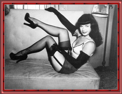 betty_page_(klaws)_172