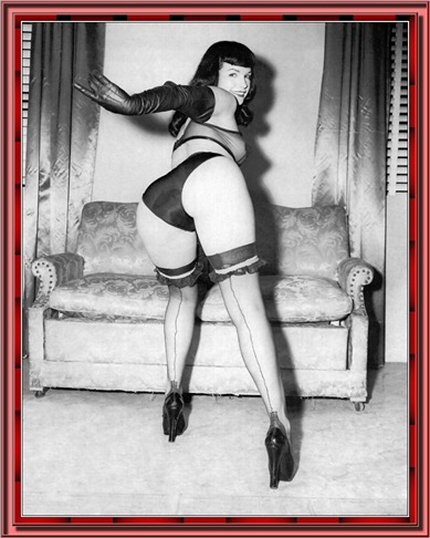 betty_page_(klaws)_211