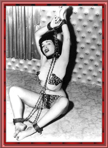 betty_page_(klaws)_098