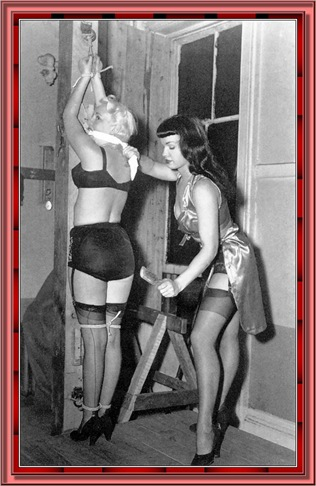 betty_page_(klaws)_102