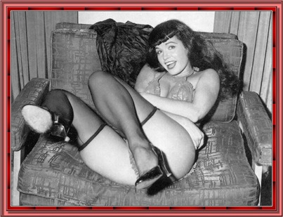 betty_page_(klaws)_068