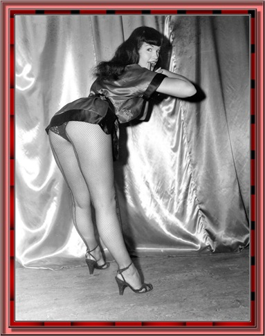 betty_page_(klaws)_004