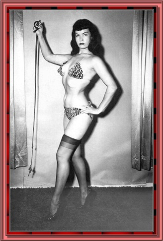 betty_page_(klaws)_029
