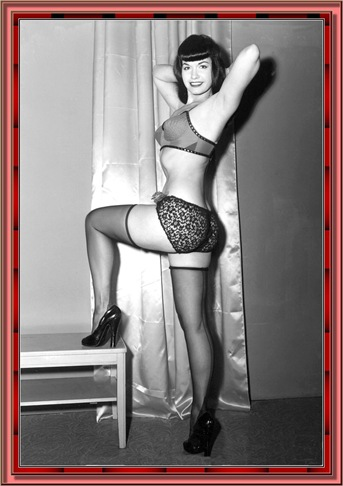 betty_page_(klaws)_039