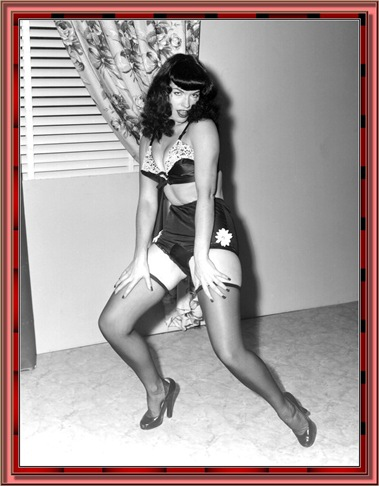 betty_page_(klaws)_042