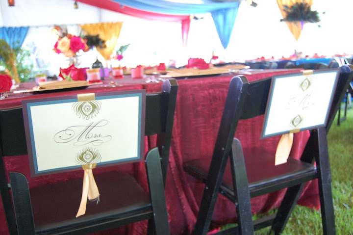 chair signs mr. and mrs.