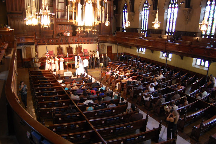 Fort Street Presbyterian Church wedding coordinated by TwoFoot Creative