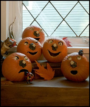 Halloween-Decoration-Pumpkin-People_full_article_vertical