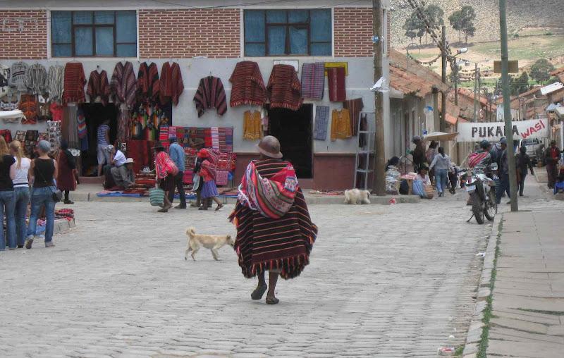 LEJARRETA EN LOS ANDES (2009) 17.Tarabuco%20domingo%20de%20feria