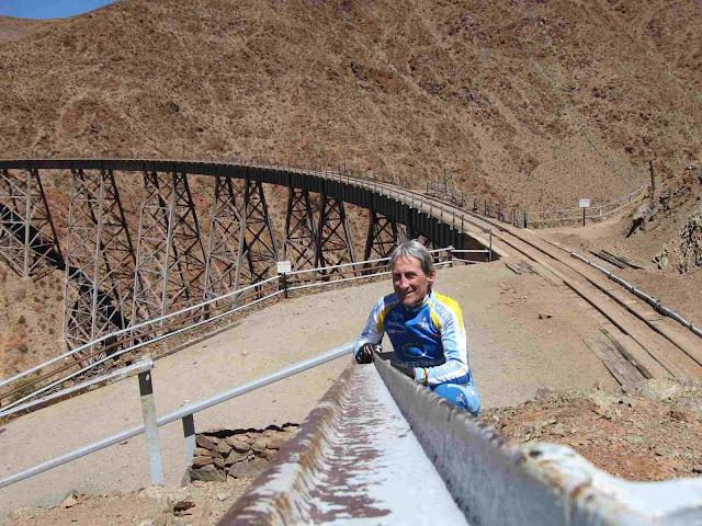 LEJARRETA EN LOS ANDES (2009) 16.Ismael%20en%20Polvorilla%204200%20mtsnm