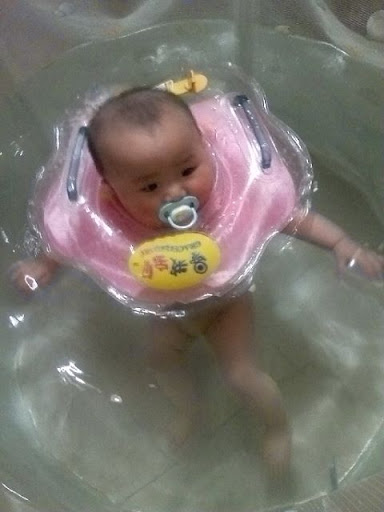 小小美人鱼