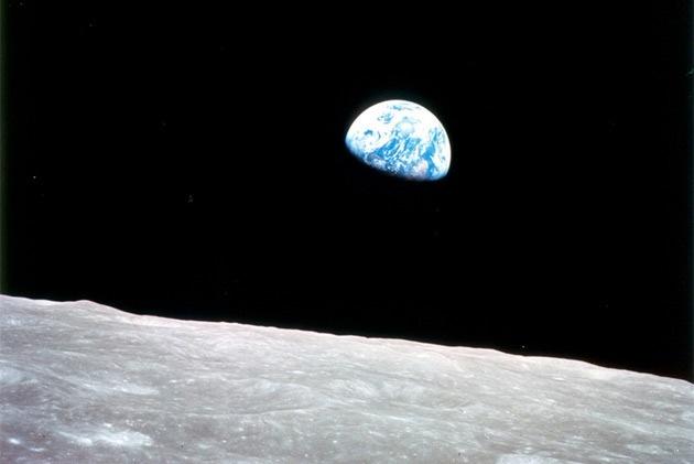 nasa_earthrise_1968_630px.jpg