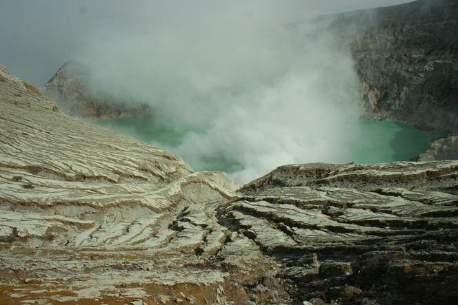 iljen crater 1 270 [1600x1200]