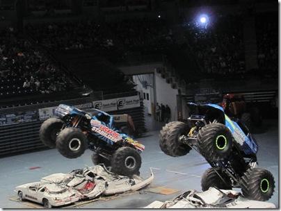 Monster Trucks 124