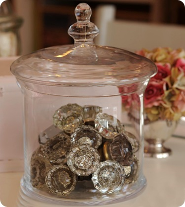 Knob Jar