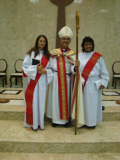 Revda. Ilma Rios, Revdmo. Dom Sebastião Armando, e Revda. Rose Cunha