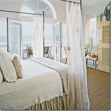 beachy-bedrooms-seashell-curtain-l