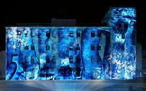 5 gum verwandelt mit 3d videoinstallation clubs in lichtkunstwerke heute in berlin. Black Bedroom Furniture Sets. Home Design Ideas