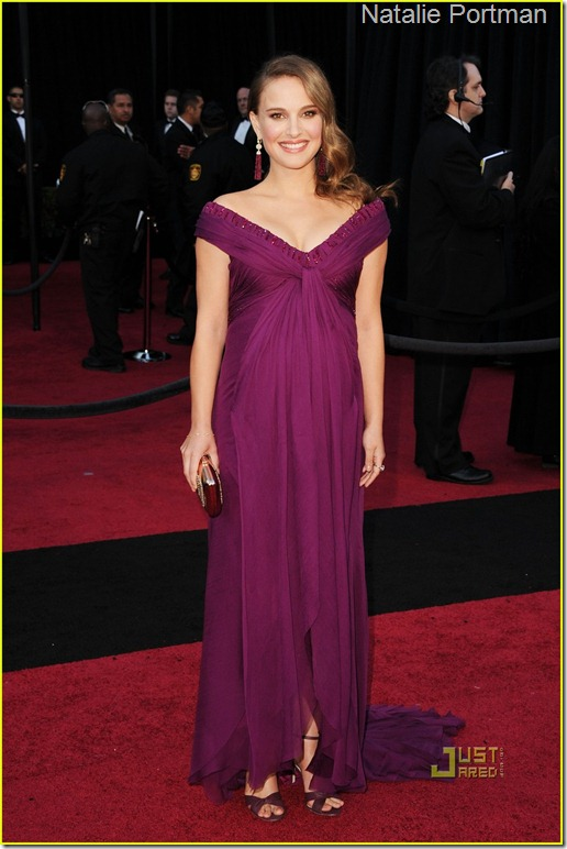 natalie-portman-oscars-2011-red-carpet-03