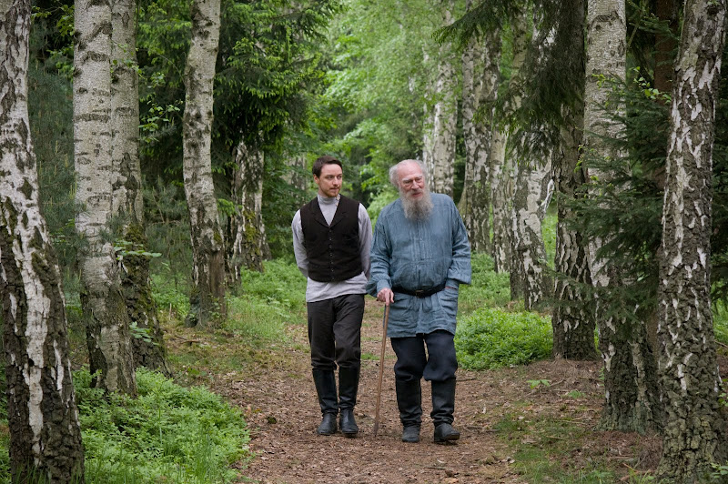 James McAvoy and Christopher Plummer in THE LAST STATION